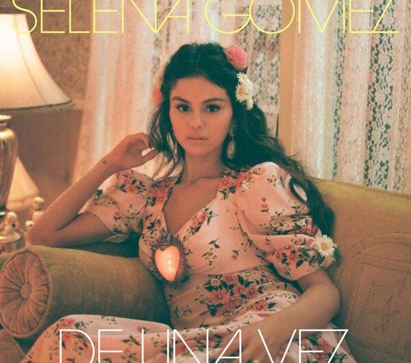 Selena Gomez – De Una Vez (Lyrics & English Translation)